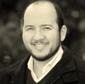Photo of Oswaldo Estrada